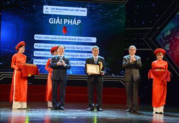 EVN cùng một số đơn vị của ngành điện nhận giải thưởng Doanh nghiệp chuyển đổi số xuất sắc Việt Nam 2019
