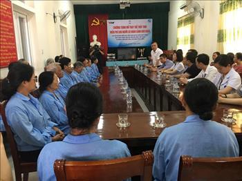 Hỗ trợ 560 triệu đồng mổ thay thể thủy tinh cho 200 người cao tuổi tại tỉnh Thái Bình