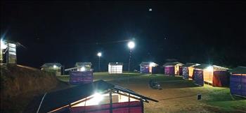 Công ty Điện lực Sơn La kịp thời kéo điện cho khu cách ly tập trung ở xã Mường Khiêng
