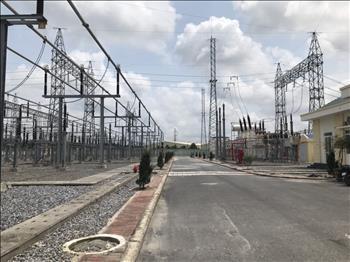 Đóng điện, nghiệm thu công trình trạm biến áp số 220kV đầu tiên của Việt Nam