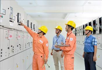 EVNHANOI đóng điện hơn 100 công trình trung hạ thế trong 6 tháng đầu năm