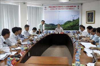 Phó Tổng giám đốc EVN Ngô Sơn Hải làm việc với Công ty Truyền tải điện 2